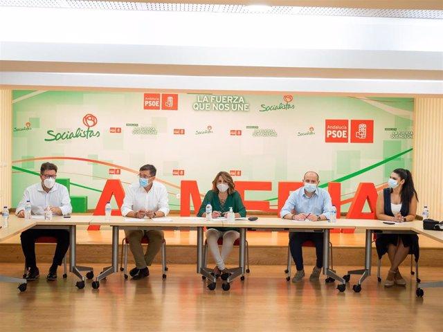 Susana Díaz durante la reunión en Almería