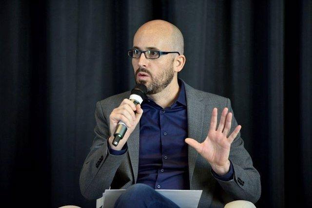 El secretario de Estado de Derechos Sociales, Nacho Álvarez, en una jornada