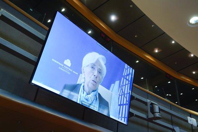 Cumbre UE.- Lagarde celebra el acuerdo y asegura que la UE da un paso al frente