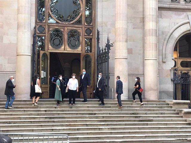 Els exmembres de la Mesa del Parlament arriben al TSJC per ser jutjats per presumpta desobediència. Barcelona, Catalunya (Espanya), 21 de juliol del 2020.
