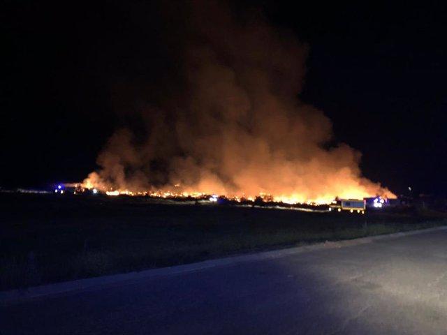 Imagen del incendio producido el pasado viernes en un asentamiento de Lepe.