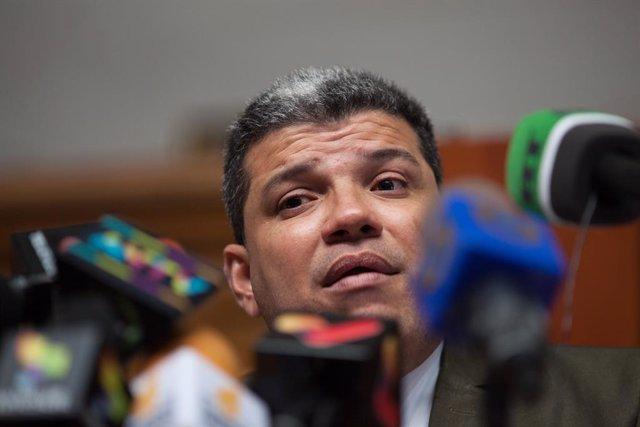 Cvirus.- Luis Parra, el presidente del Parlamento elegido por el 'chavismo', ing