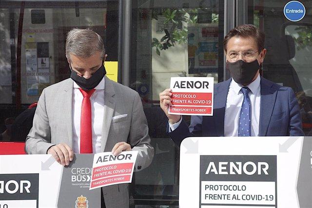 Presentación del certificado Aenor en el transporte público de Granada