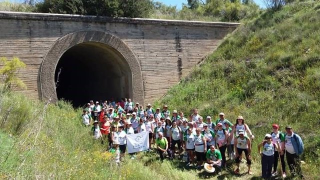 Tramo de la antigua vía Baeza-Utiel, a su paso por Villacarrillo