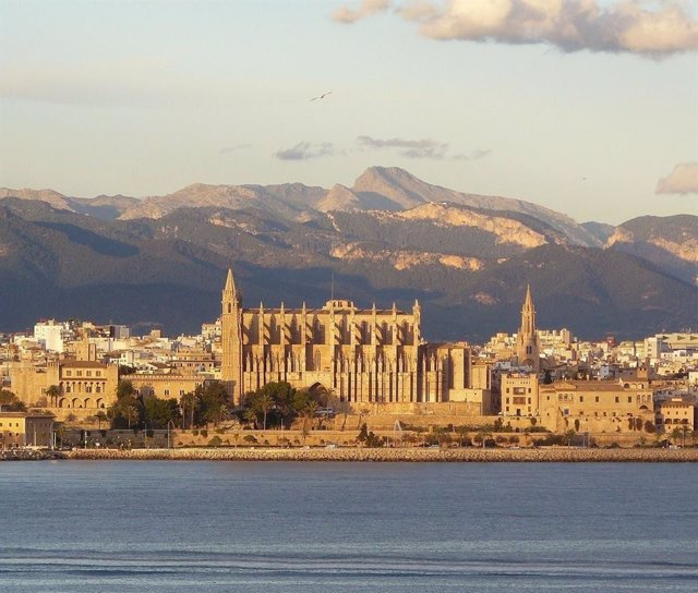 Paisaje de la ciudad de Palma, en la isla de Mallorca