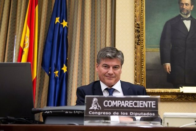 El ecretario general de la Confederación Empresarial de la PIMEC, presidente de la PMcM y vicepresidente de la Plataforma Pymes, Antoni Cañete, en la Comisión para la Reconstrucción