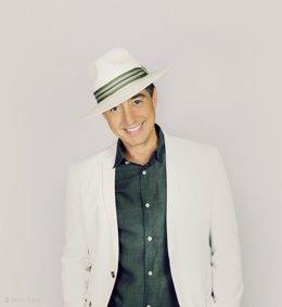 Juan Valderrama, cantante español