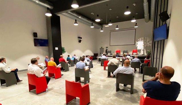 Reunión del pleno corporativo de la Cámara de Comercio de Badajoz