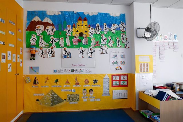 Aula en el interior del Colegio Nobelis de Valdemoro, que debido a la pandemia del coronavirus tendrá que acondicionar sus aulas con medidas de distanciamiento e higiene para el nuevo curso escolar 2019-2020. En Valdemoro, Madrid (España), a 20 de mayo de