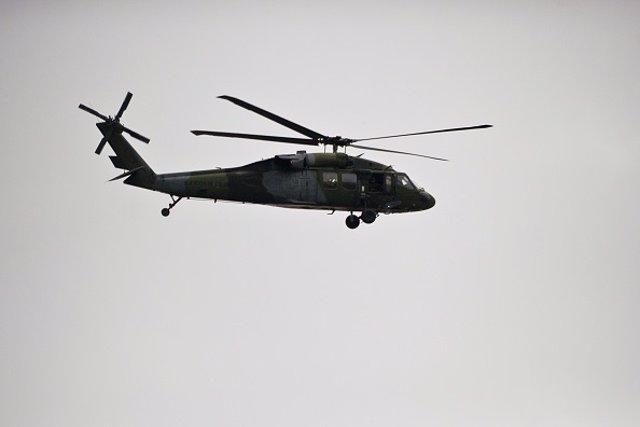 Un helicóptero de las Fuerzas Armadas de Colombia
