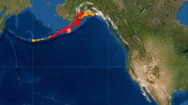 Mapa de l'alerta per tsunami després d'un terratrèmol de 7,8 amb epicentre al sud d'Alaska.