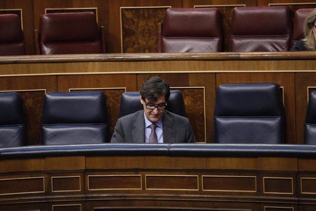 El ministro de Sanidad, Salvador Illa, en el Congreso de los Diputados durante una sesión plenaria en la que además se debate el Decreto Ley 21/2020, o decreto de la 'nueva normalidad', que rige en España desde el término del estado de alarma, en Madrid (