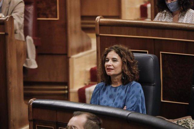 La ministra de Hacienda, María Jesús Montero, durante la penúltima sesión plenaria en el Congreso de los Diputados antes del paréntesis estival, en Madrid (España), a 22 de julio de 2020.