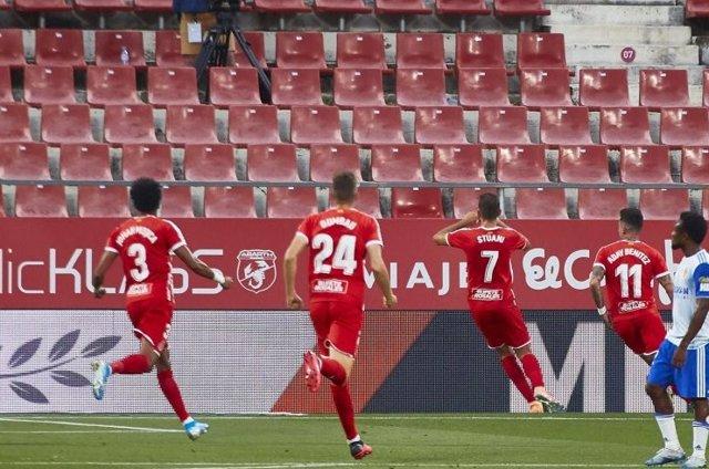 Stuani celebra un gol con el Girona