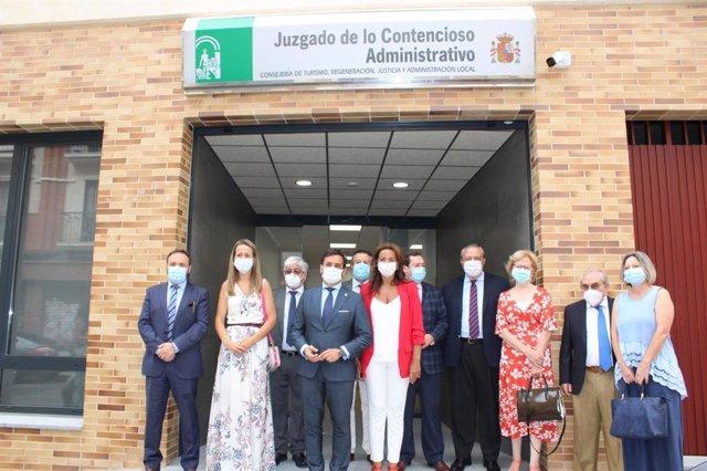 El viceconsejero de Turismo, Regeneración, Justicia y Administración Local, Manuel Alejandro Cardenete, en la inauguración de la nueva sede para los juzgados de lo Contencioso en Huelva.