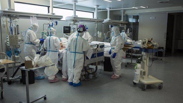 AMP.- Coronavirus.- Cantabria suma cinco casos, dos del brote de la familia proc