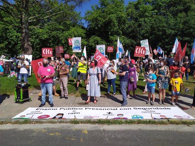 Los sindicatos de educación protestan contra el protocolo para el próximo curso
