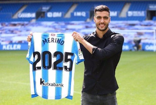 """Fútbol.- Mikel Merino, tras renovar con la Real hasta 2025: """"Donde eres feliz, q"""