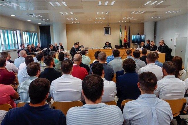 Juicio en el Juzgado de lo Penal número diez por la presunta filtración de los exámenes de oposiciones a la Policía Local