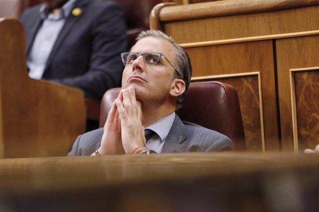 El diputado de Vox Javier Ortega Smith durante una sesión plenaria en el Congreso de los Diputados, en Madrid (España), a 21 de julio de 2020.