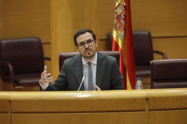 El ministro de Consumo, Alberto Garzón, durante su comparecencia en el Senado en Comisión de Sanidad y Consumo, en Madrid (España), a 26 de junio de 2020.