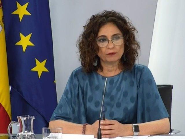 La ministra protavoz María Jesús Montero, durante la rueda de prensa posterior al Consejo de Ministros del 14 de julio de 2021.