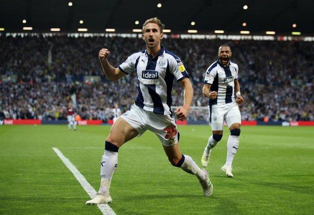 El West Bromwich celebra un gol