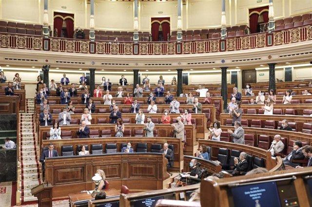Vista general de la sesión plenaria celebrada en el Pleno del Congreso en la que se votaron las medidas de política social