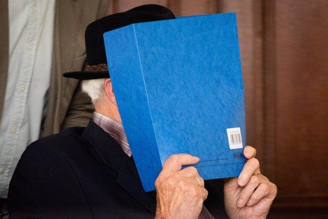 Alemania.- Condenado a sus 93 años un ex guardia del campo de concentración de S