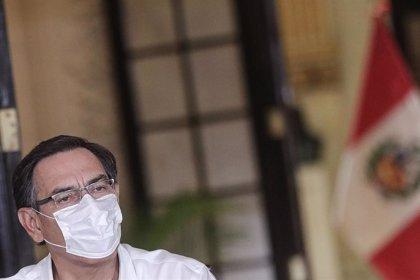 El presidente de Perú pide perdón por no atender a una mujer que le pedía ayuda para su marido, enfermo de COVID-19
