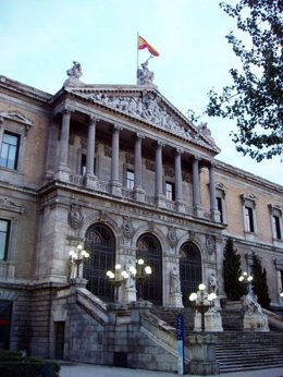 17.11.2008. Madrid. Spain. National Library ( Biblioteca Nacional) . Main entrance in Paseo de Recoletos.  (Photo by Cristina Arias/Cover/Getty Images)