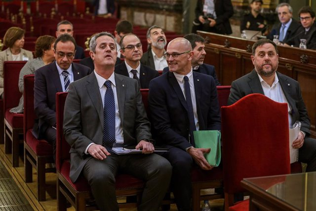 Els dotze líders independentistes acusats pel procés sobiranista català que va derivar en l'1-O i la declaració unilateral d'independència de Catalunya (DUI), al Tribunal Suprem.