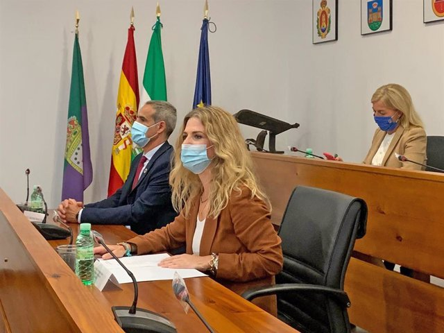 Np, Foto Y Audio Ana Mestre Reunión Ministra Exteriores Con Alcaldes Campo Gibraltar