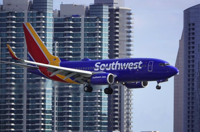 15 March 2020, US, San Diego: A Boeing 737 aircraft of Southwest Airlines