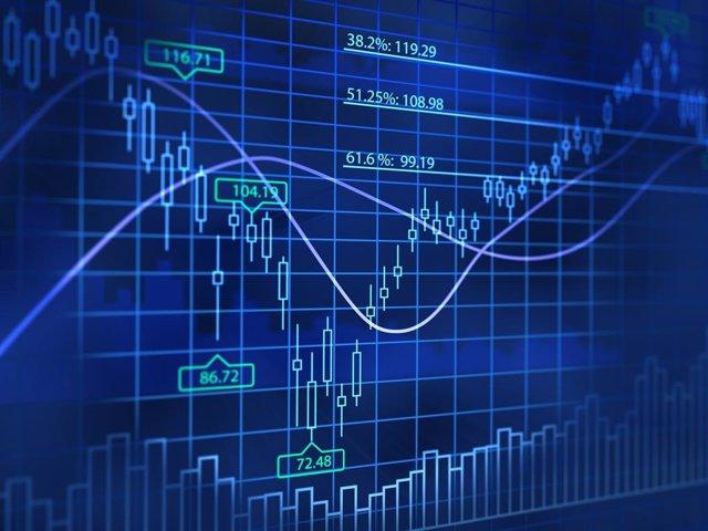 Economía.- El euro registra su mejor cruce frente al dólar desde septiembre de 2