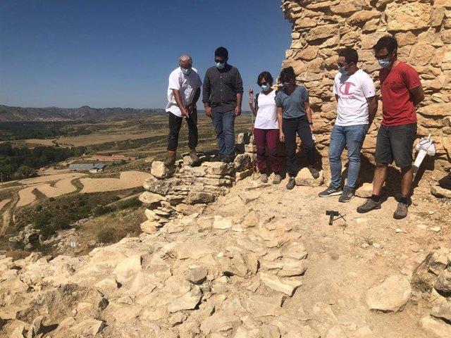 Visita al yacimiento del Cabezo de San Pedro de Oliete (Teruel).