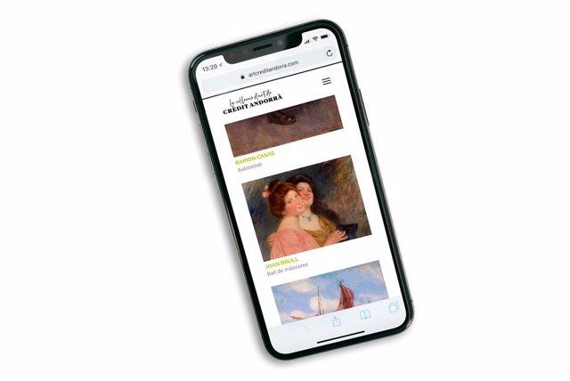 Visualització en un mòbil de la web del fons d'art de Crèdit Andorrà