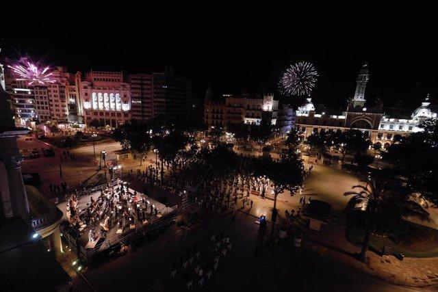 La ciudad de València celebra un acto de homenaje en recuerdo a las víctimas de la Covid-19