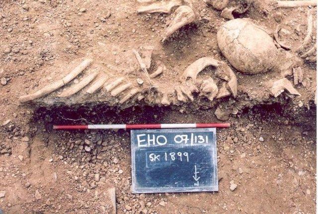 Restos de vikingos  del siglo X encontrados en una fosa común en el St John's College de Oxford.