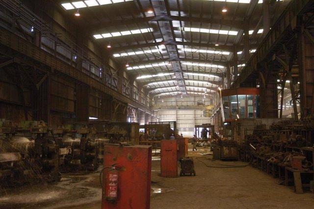 Instalaciones del grupo industrial Alfonso Gallardo en Jerez de los Caballeros, fábrica, siderurgia