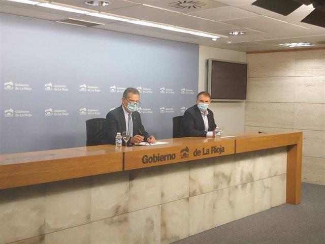 Los consejeros de Hacienda y de Desarrollo Autonómico, Celso González y José Ignacio Castresana