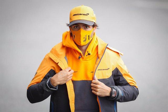 """Fórmula 1.- Carlos Sainz: """"Ahora hay muchos interrogantes, pero Ferrari es el eq"""