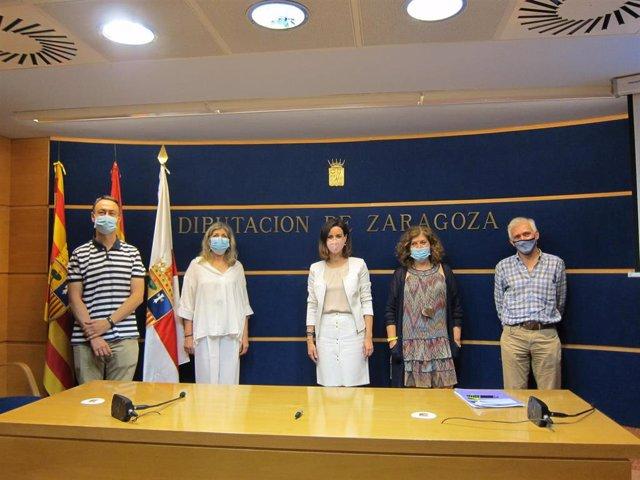 Presentación de la tercera edición del programa 'Desafío' y del nuevo programa 'Arraigo', de Diputación de Zaragoza y UZ.
