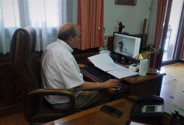 Reunión telemática de la Junta Rectora de la UNED en la provincia de Teruel.