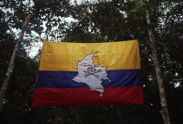 Bandera de las FARC (Imagen de archivo)