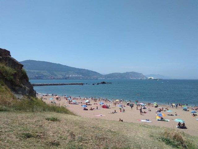 Playa de Arrigunaga, en Getxo (Bizkaia)