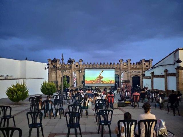 'Cine En El Pueblo' De La Diputación De Huelva