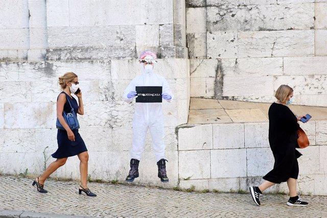 Coronavirus.- Portugal anuncia una nueva mascarilla preventiva contra la Covid-1