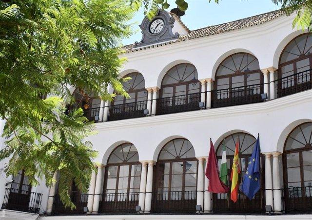 Imagen de la fachada del Ayuntamiento de Osuna