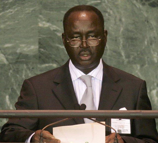 R.Centroafricana.- El expresidente François Bozizé confirma su candidatura a las